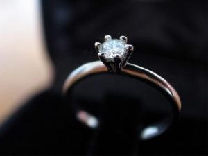 婚約指輪 デザイン ソリティア