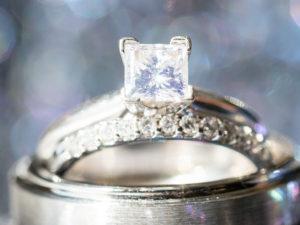 婚約指輪 ダイヤモンド カット プリンセスカット